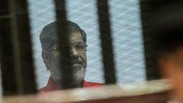 18-06-2016 14:42 Dożywocie za szpiegostwo dla b.prezydenta Egiptu