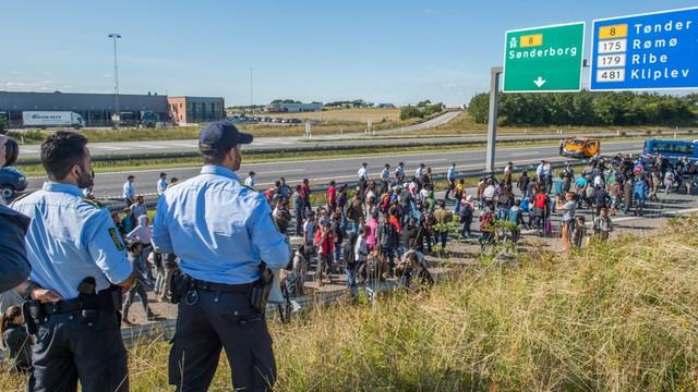 Niemcy: Koalicja rządowa nadal spiera się o politykę wobec uchodźców