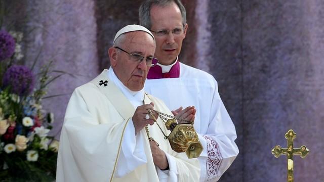 ŚDM: w Campusie Misericordiae rozpoczęła się msza z udziałem papieża