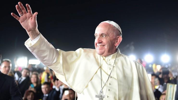 """Rzecznik Watykanu: słowa papieża o Trumpie to nie jest """"osobisty atak"""""""
