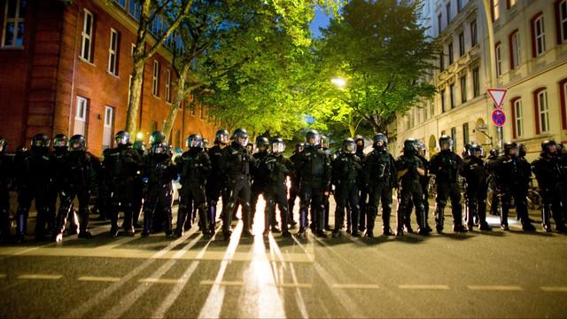 Niemcy: blisko 500 funkcjonariuszy rannych w Hamburgu