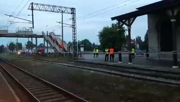 2017-06-23 Dworzec w Grajewie (woj. podlaskie): ćwiczenia antyterrorystyczne straży pożarnej, pogotowia ratunkowego i policji