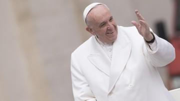 25-02-2017 17:29 Papież apeluje do księży o okazywanie bliskości parom żyjącym bez ślubu