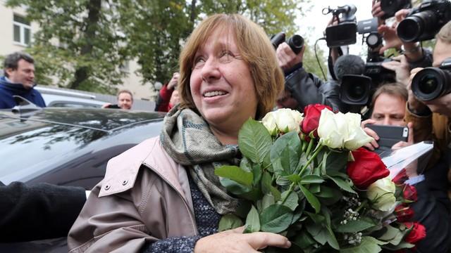 Białoruś: Laureatka literackiej Nagrody Nobla: Nie pójdę na wybory prezydenckie