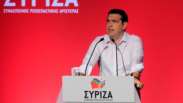 Tsipras broni przed swoją partią porozumienia z wierzycielami