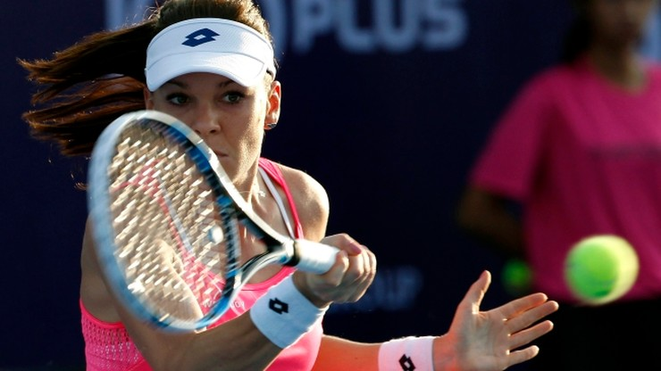WTA w Shenzen: Radwańska w ćwierćfinale