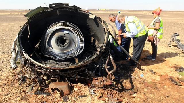 MAK: rosyjski samolot rozpadł się jeszcze w powietrzu