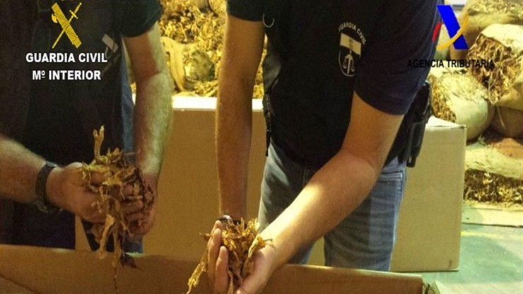 Polacy wśród aresztowanych w Hiszpanii. Przejęto nielegalny tytoń