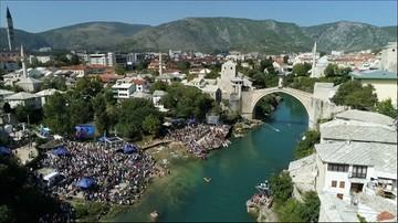 18-09-2017 20:02 Skakali z mostu do Neretwy. Lot z 24 metrów i uderzenie w wodę