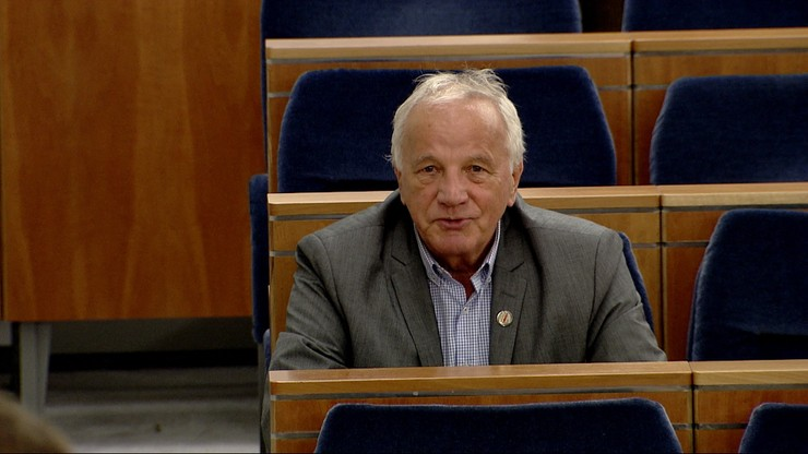 Pełna zgoda w senacie. Wszyscy za pomocą dla działaczy opozycji w PRL