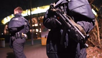 23-12-2016 05:10 Niemcy: aresztowano podejrzanych o przygotowywanie zamachu na centrum handlowe